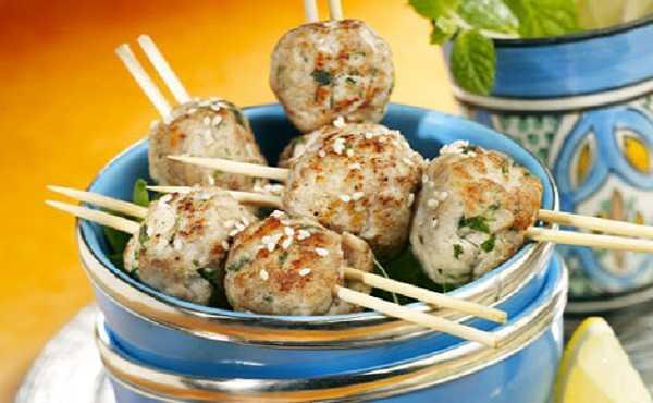 Brochettes de viande hachée à la Marocaine