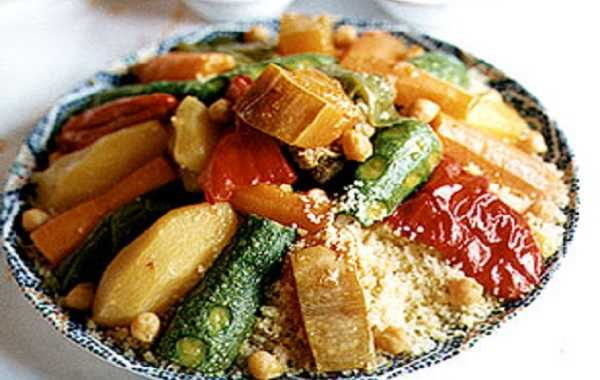 Couscous à la viande et aux sept légumes