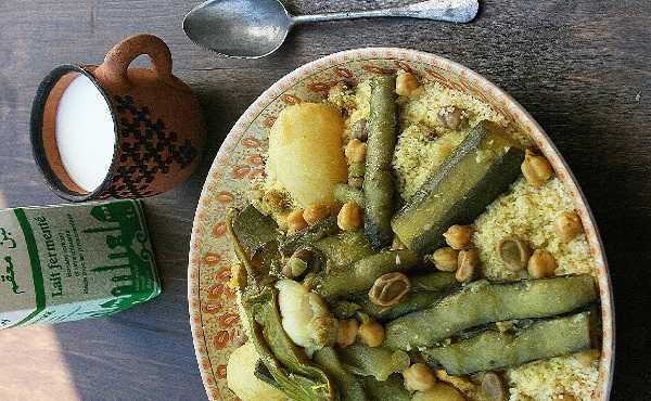 Couscous aux fèves, au chou vert et courgettes