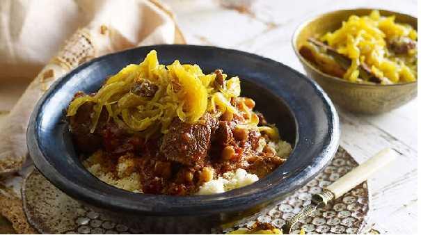 Couscous de veau aux oignons confits- Tfaya