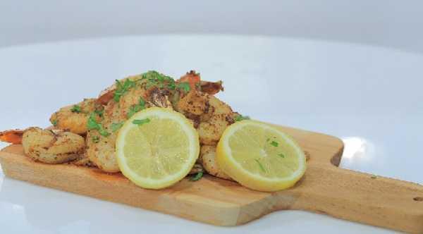 Crevettes sautées (Meqli)