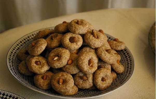 Ghoriba aux cacahuètes et noix de coco