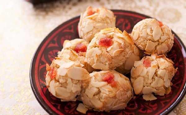 Mchewek gâteau aux amandes algérois