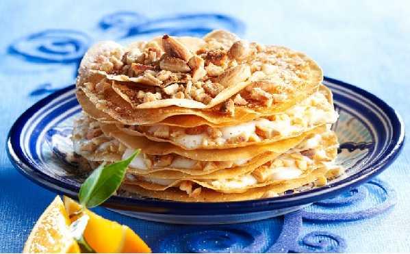 Pastilla aux amandes et à la crème de fleur d'oranger