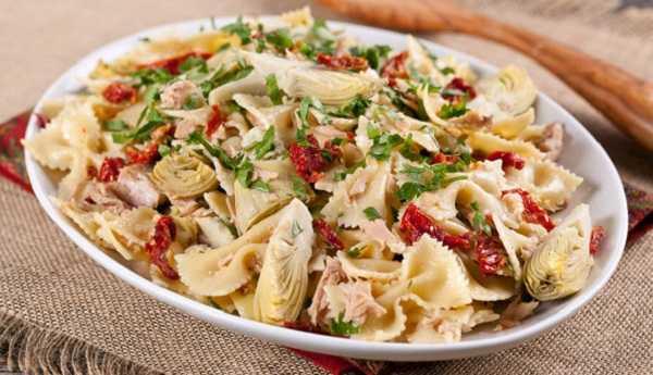 Salade de pâtes au thon et aux légumes
