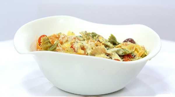 Salade de pâtes tricolores