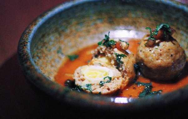 Tajine de boulettes aux oeufs de cailles