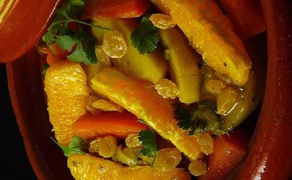 Tajine aux carottes, raisins et oranges