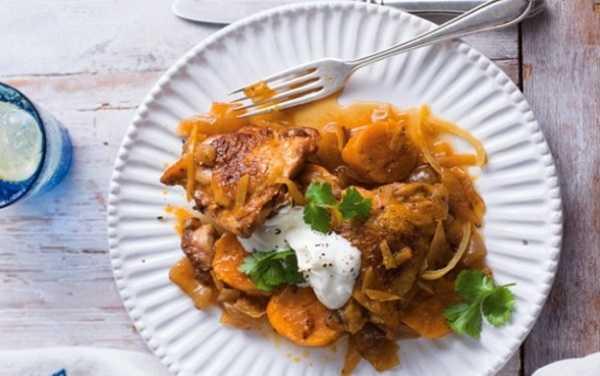 Tajine de poulet à l'abricot et pois-chiches
