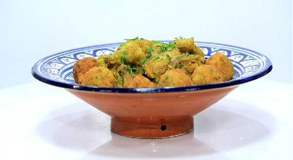 Tajine de poulet aux boulettes de couscous