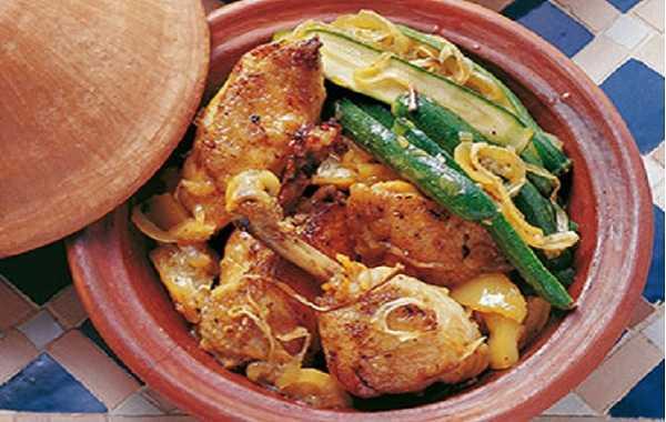 Tajine de poulet aux courgettes et pois chiches