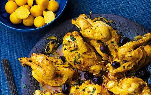 Tajine de poulet aux olives violettes