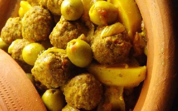 Tajine de Kefta aux pommes de terre et aux olives