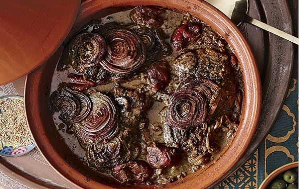 Viande aux tomates et oignons- Makfoul