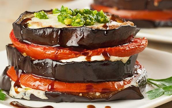 Aubergines gratinées à la mozzarella