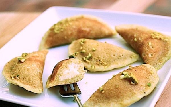 Baghrirs à la crème et pistache