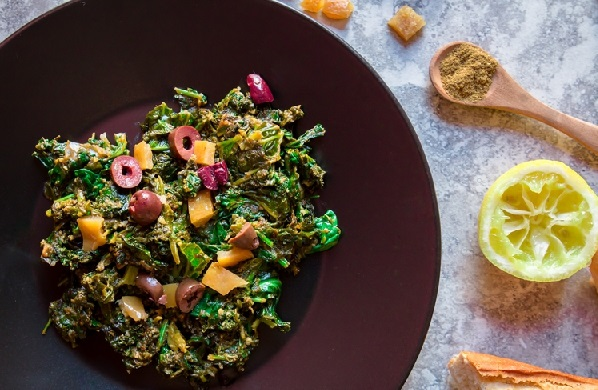 Bakoula ou salade de mauve à la marocaine
