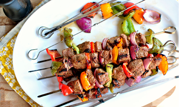 Brochettes de veau au barbecue