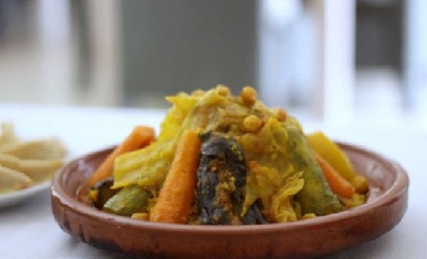 Couscous au collier d'agneau et aux légumes