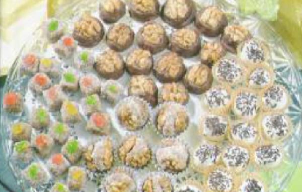 Gâteaux aux amandes aux noix et chocolat
