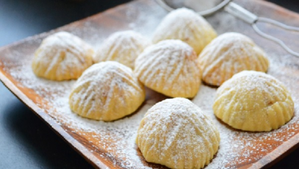 Gâteaux fourrées aux dattes - Maamoul