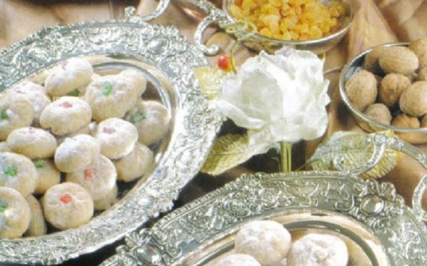 Ghoriba aux noix et fruits confits
