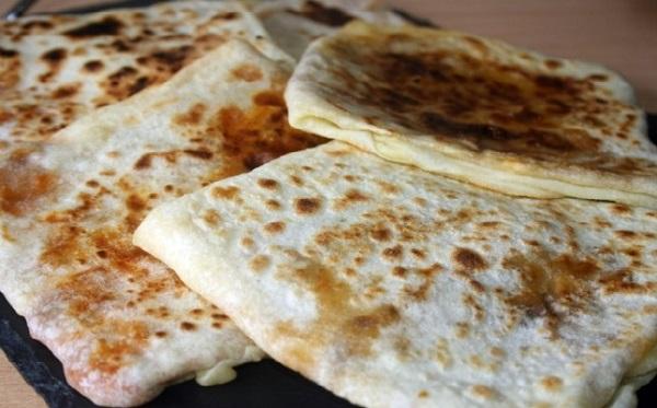 Mhajeb au fromage