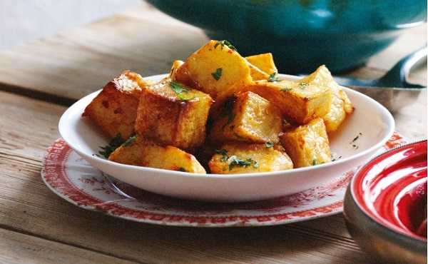 Batata harra (pomme de terre �pic�es)