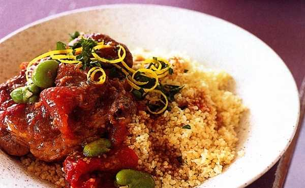 Couscous aux oignons, tomates et f�ves