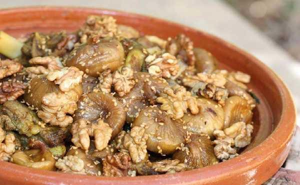 Tajine d�agneau aux figues et aux noix