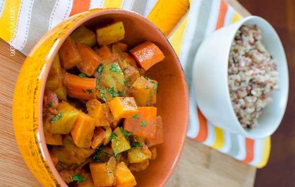 Tajine de pommes de terre, carottes et poivrons