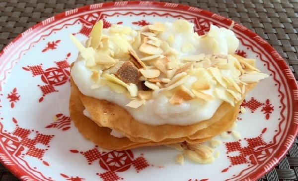Pastilla à la crème et fruits secs