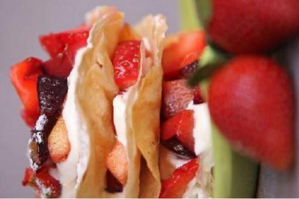 Pastilla aux fraises et fruits secs