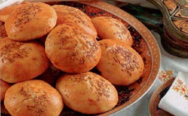 Petits pains au lait et aux graines de sésame