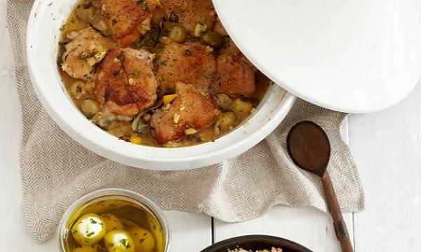 Poulet aux olives et aux amandes