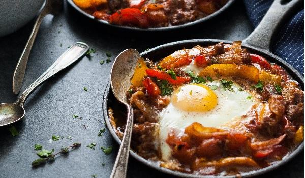 Ratatouille à la kefta et œufs