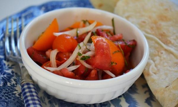 Salade de tomates Libanaise