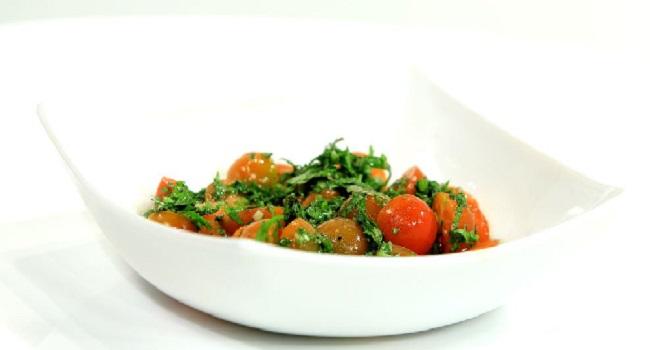 Salade de tomates à la menthe