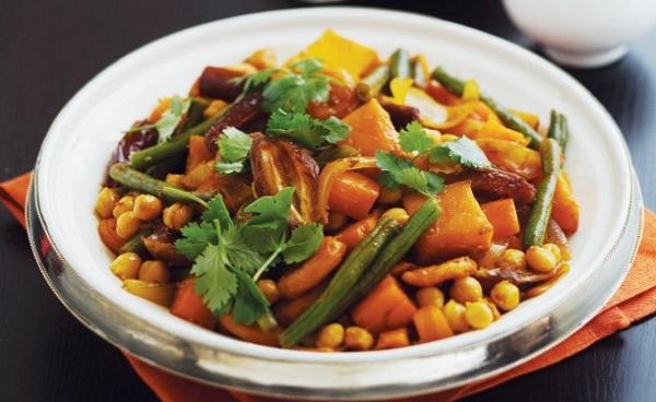 Tajine de légumes aux dattes