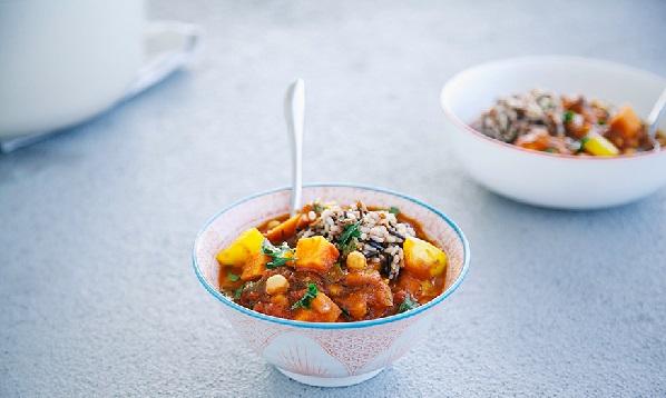 Tajine de légumes mijotées aux épices