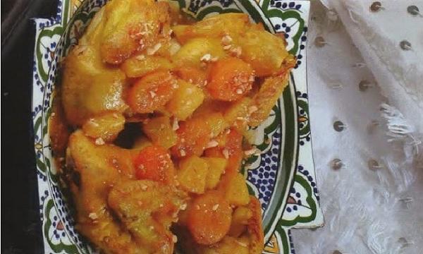Tajine de poulet aux abricots et l'ananas