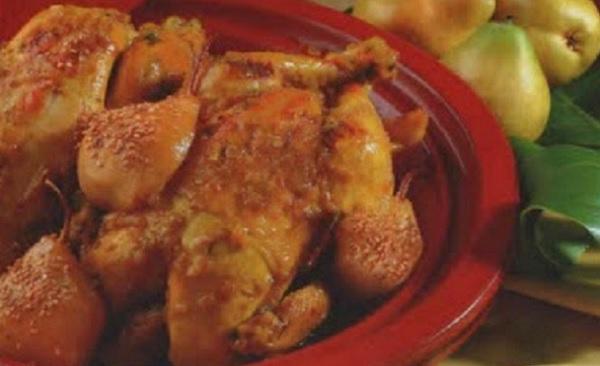 Tajine de poulet aux poires caramélisées